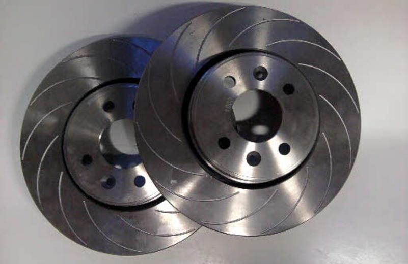 2 disques de frein ventilée naturellement Ø 305 mm 5 trous PLAQUETTES DE FREINS AVANT