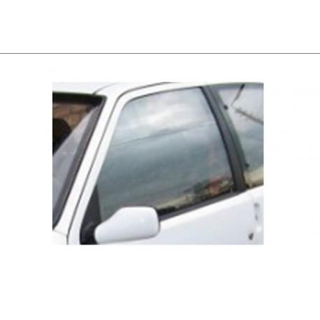 vitre avant Peugeot 106 phase 1 ou 2
